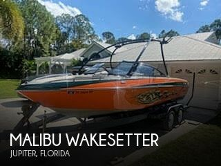 2006 Malibu boat for sale, model of the boat is Wakesetter & Image # 1 of 41