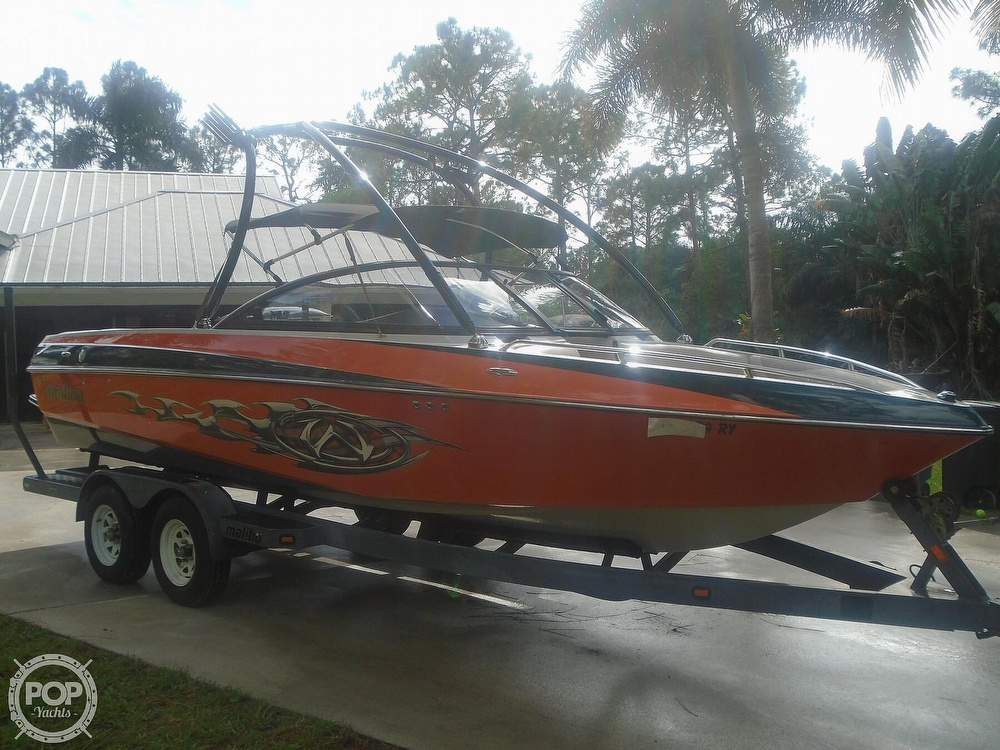 2006 Malibu boat for sale, model of the boat is Wakesetter & Image # 11 of 41