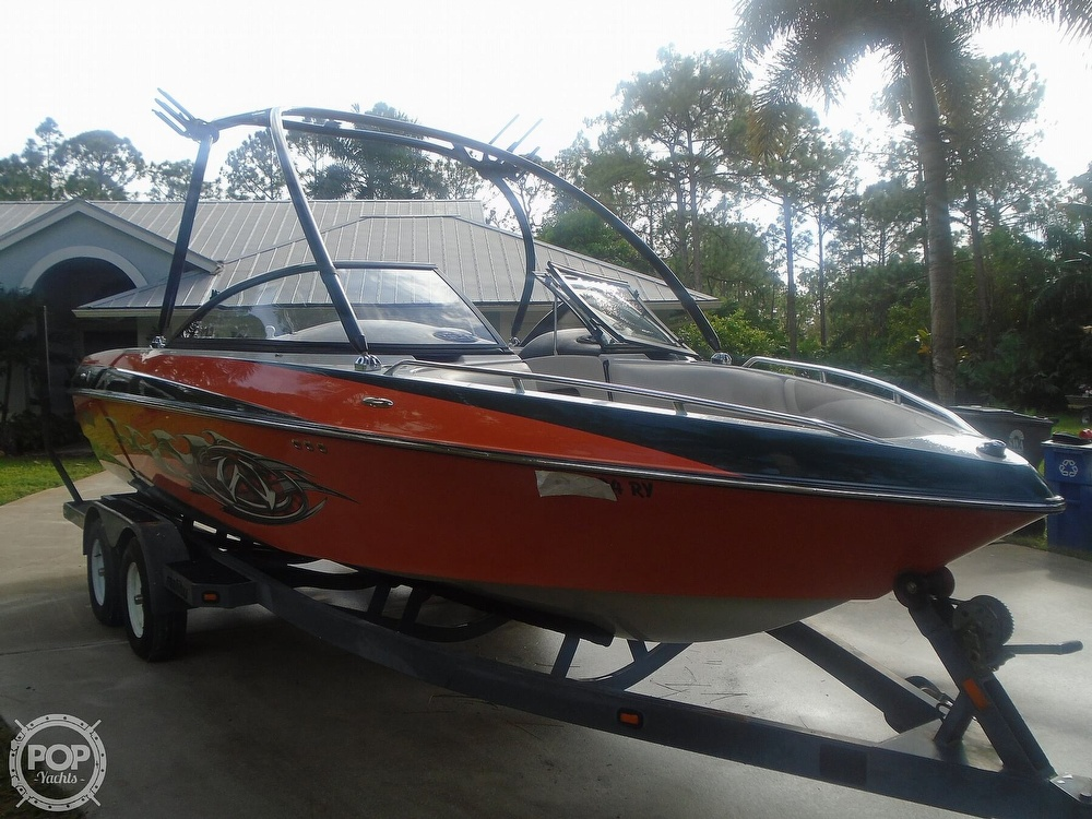 2006 Malibu boat for sale, model of the boat is Wakesetter & Image # 13 of 41