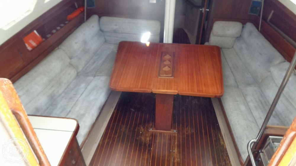 1986 C & C boat for sale, model of the boat is 33 MK II & Image # 31 of 40
