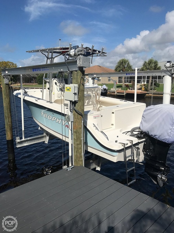 2008 Trophy boat for sale, model of the boat is 2103CC & Image # 13 of 40
