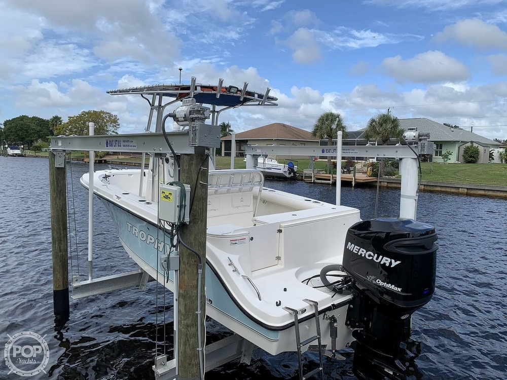 2008 Trophy boat for sale, model of the boat is 2103CC & Image # 3 of 40