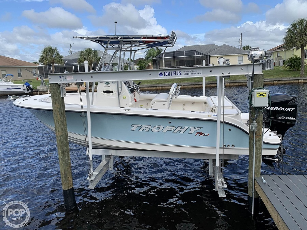 2008 Trophy boat for sale, model of the boat is 2103CC & Image # 2 of 40
