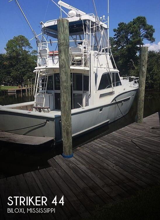 Used Striker Boats For Sale by owner | 1971 Striker 44