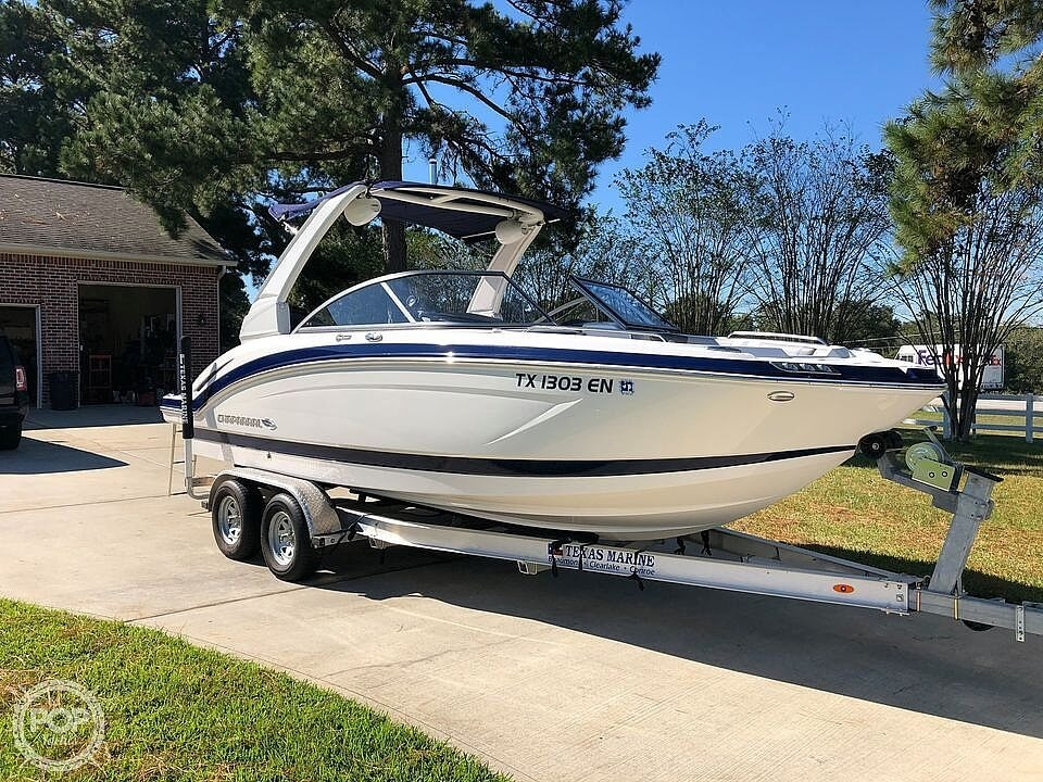 2019 Chaparral 230 Suncoast Deluxe - image 2