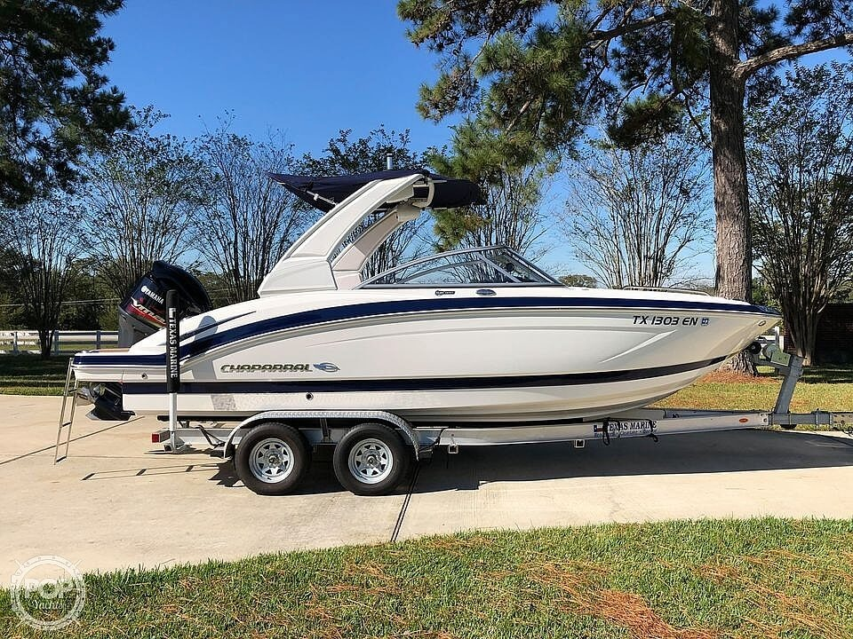 2019 Chaparral 230 Suncoast Deluxe - image 13