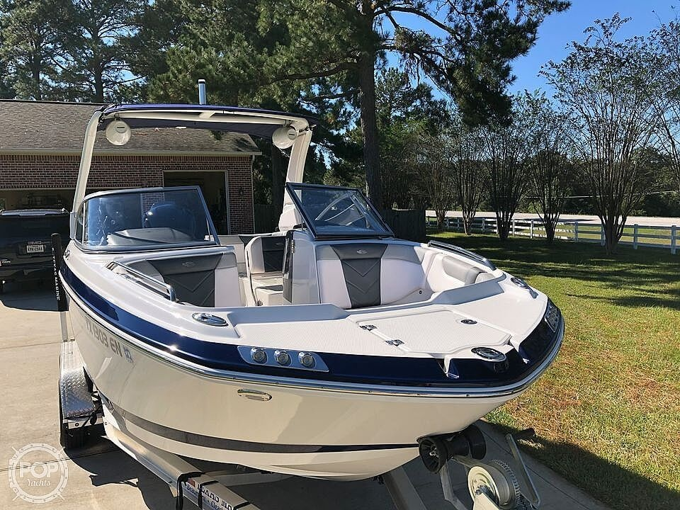 2019 Chaparral 230 Suncoast Deluxe - image 16