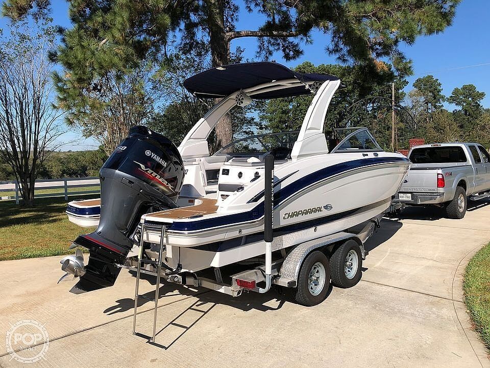 2019 Chaparral 230 Suncoast Deluxe - image 18