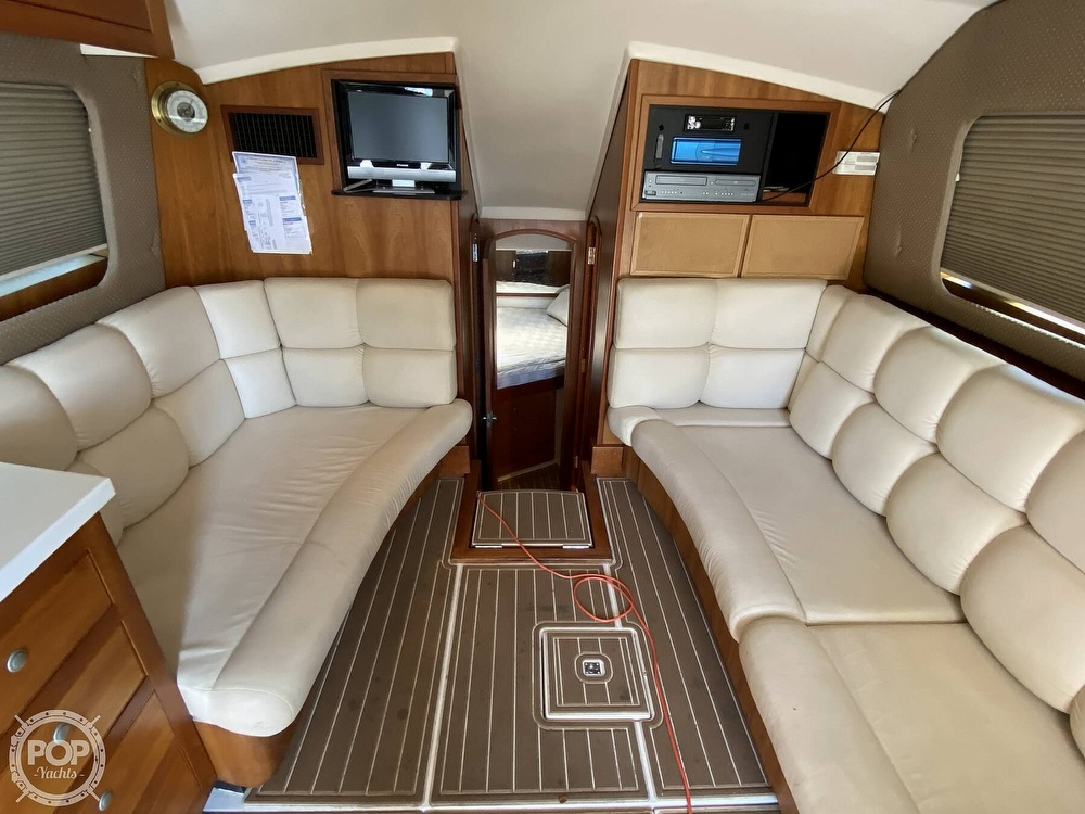 2003 Luhrs boat for sale, model of the boat is 34 Convertible & Image # 5 of 40