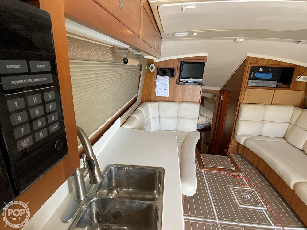 2003 Luhrs boat for sale, model of the boat is 34 Convertible & Image # 7 of 40