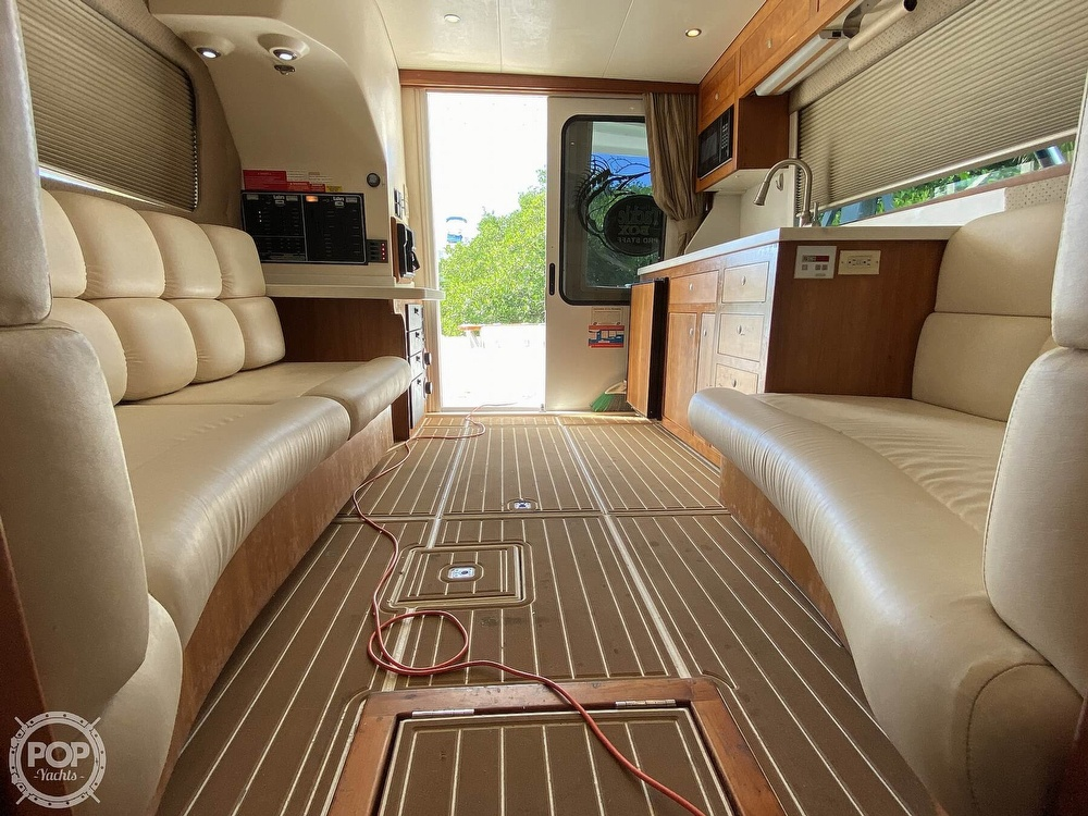 2003 Luhrs boat for sale, model of the boat is 34 Convertible & Image # 8 of 40