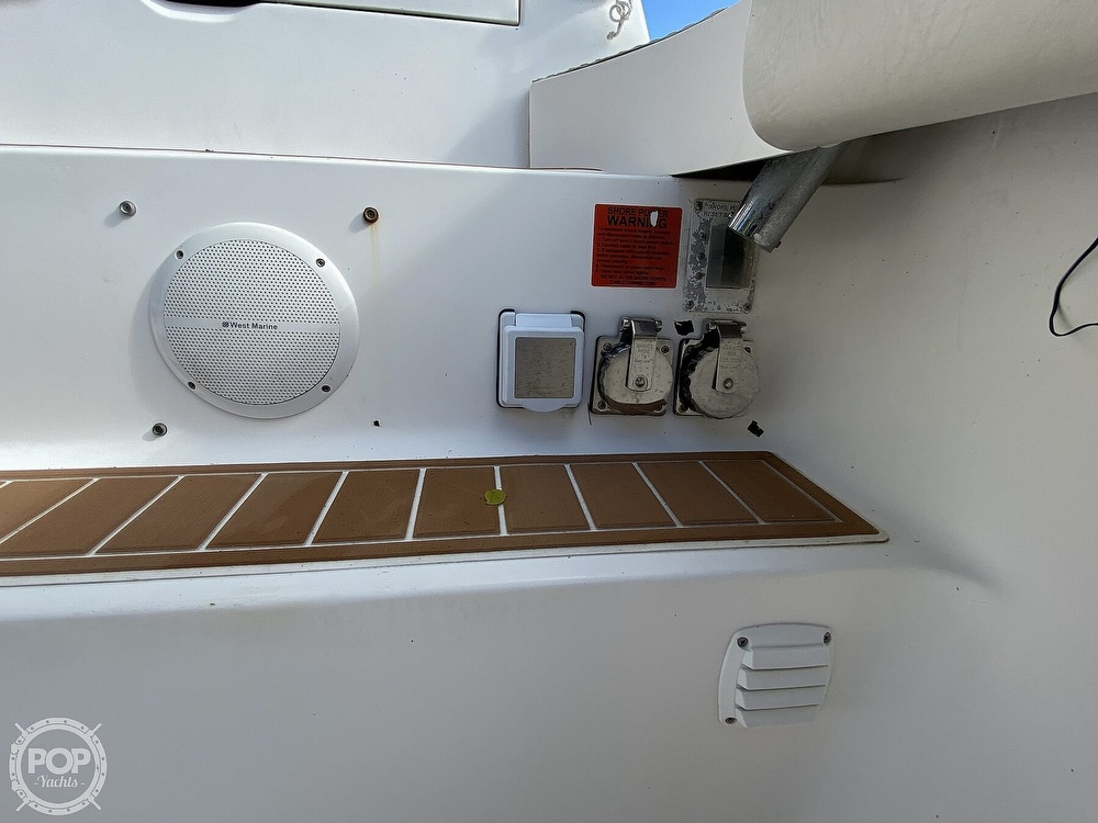 2003 Luhrs boat for sale, model of the boat is 34 Convertible & Image # 16 of 40