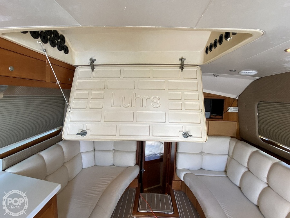 2003 Luhrs boat for sale, model of the boat is 34 Convertible & Image # 26 of 40