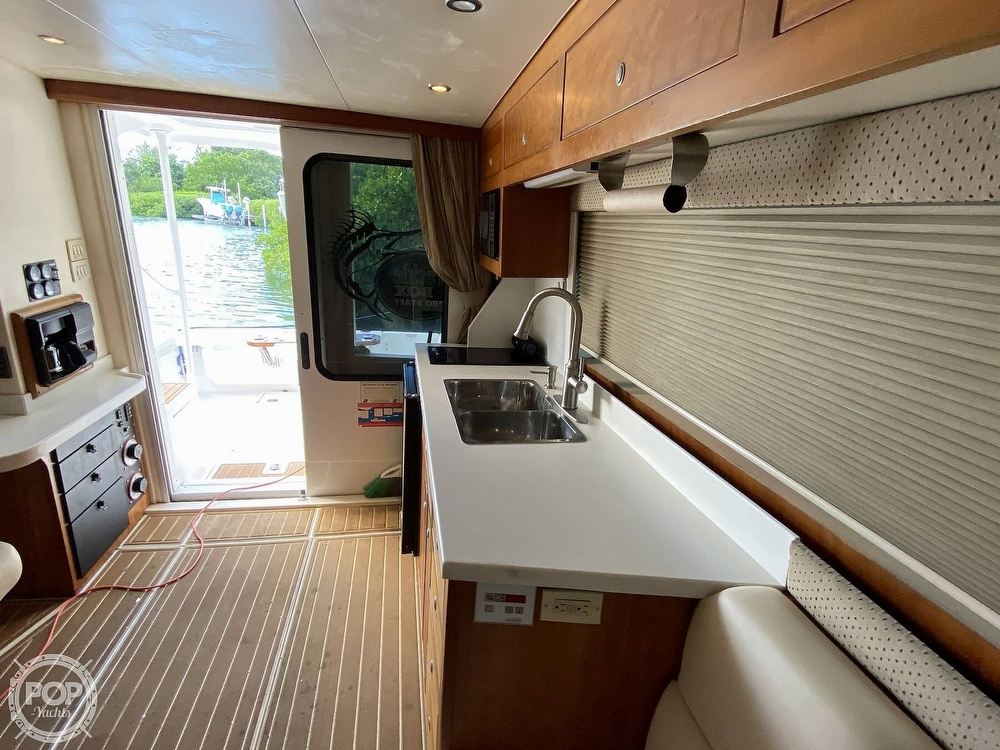 2003 Luhrs boat for sale, model of the boat is 34 Convertible & Image # 28 of 40