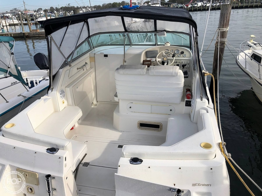 1996 Cruisers Yachts boat for sale, model of the boat is Rogue 2670 & Image # 9 of 40