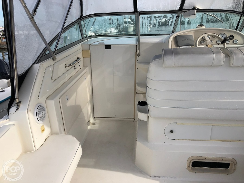 1996 Cruisers Yachts boat for sale, model of the boat is Rogue 2670 & Image # 11 of 40