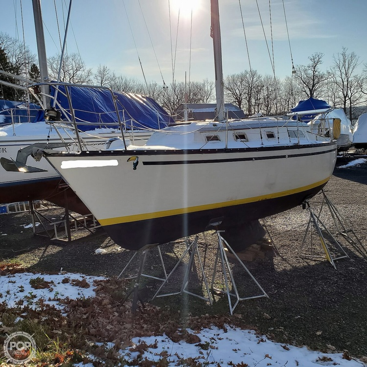 1978 Hunter boat for sale, model of the boat is 30 & Image # 6 of 40