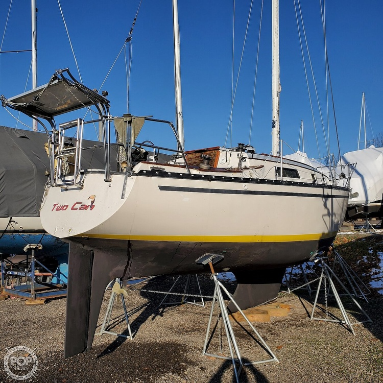 1978 Hunter boat for sale, model of the boat is 30 & Image # 5 of 40