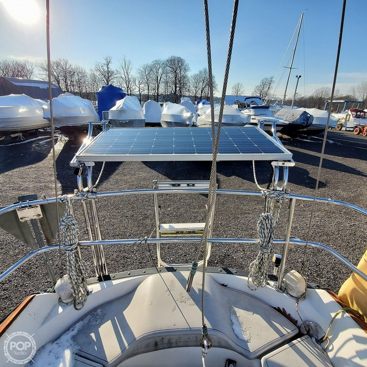 1978 Hunter boat for sale, model of the boat is 30 & Image # 21 of 40