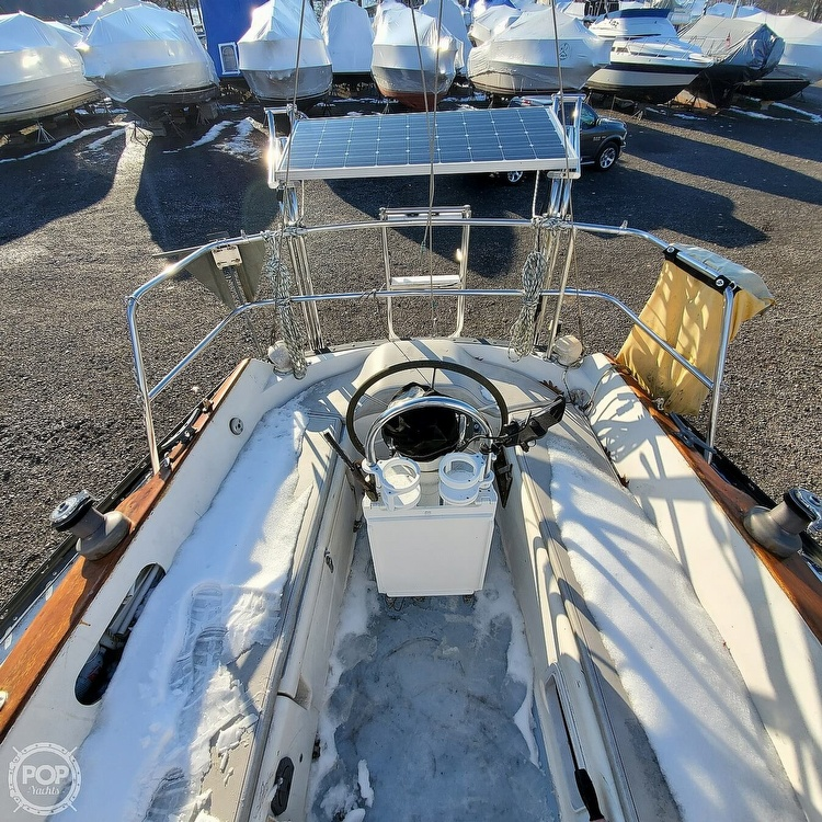 1978 Hunter boat for sale, model of the boat is 30 & Image # 28 of 40
