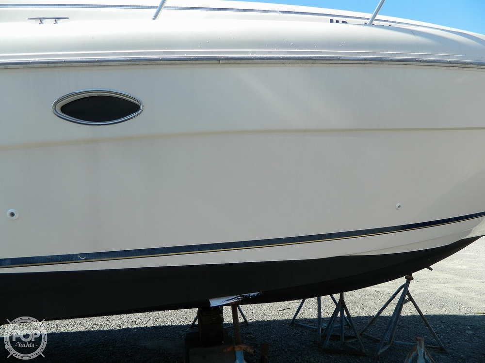 2000 Rinker boat for sale, model of the boat is 310 Fiesta Vee & Image # 38 of 40