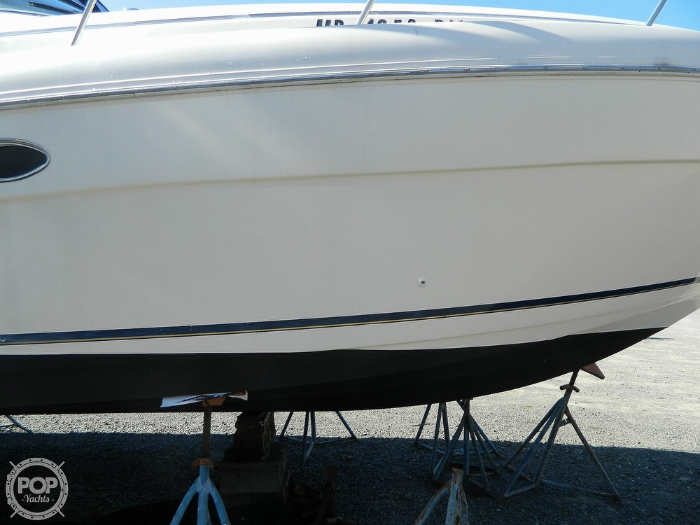 2000 Rinker boat for sale, model of the boat is 310 Fiesta Vee & Image # 39 of 40
