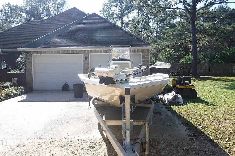 2015 Xpress boat for sale, model of the boat is H22B Bay Series & Image # 6 of 41