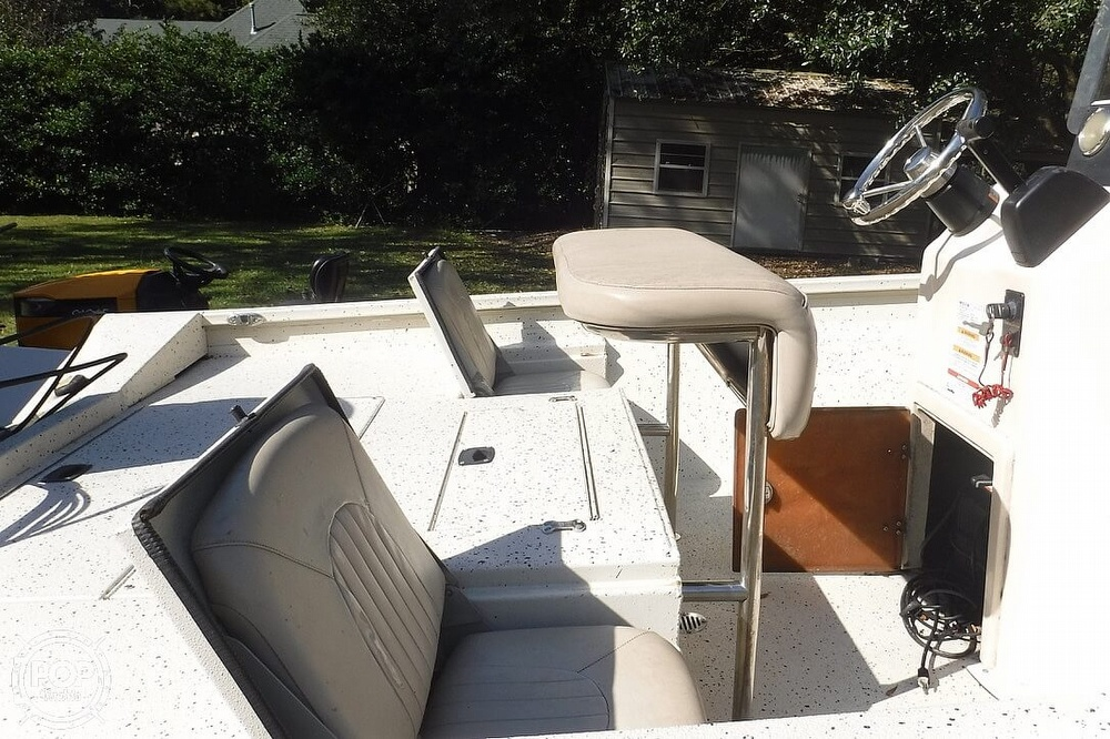 2015 Xpress boat for sale, model of the boat is H22B Bay Series & Image # 18 of 41