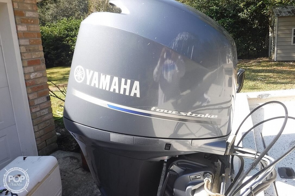 2015 Xpress boat for sale, model of the boat is H22B Bay Series & Image # 4 of 41