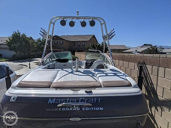 2004 Mastercraft boat for sale, model of the boat is X-10 Wakeboard Edition & Image # 13 of 21