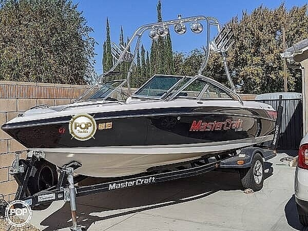 2004 Mastercraft boat for sale, model of the boat is X-10 Wakeboard Edition & Image # 7 of 21