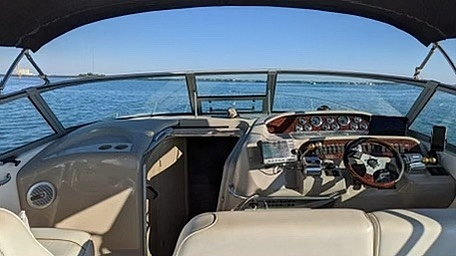 1998 Sea Ray boat for sale, model of the boat is 330 Sundancer & Image # 21 of 40