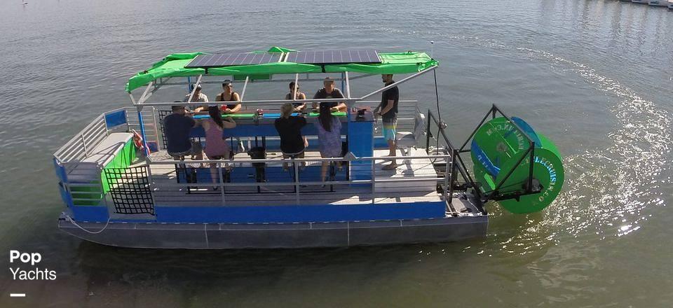 Boat Under Charter 2019