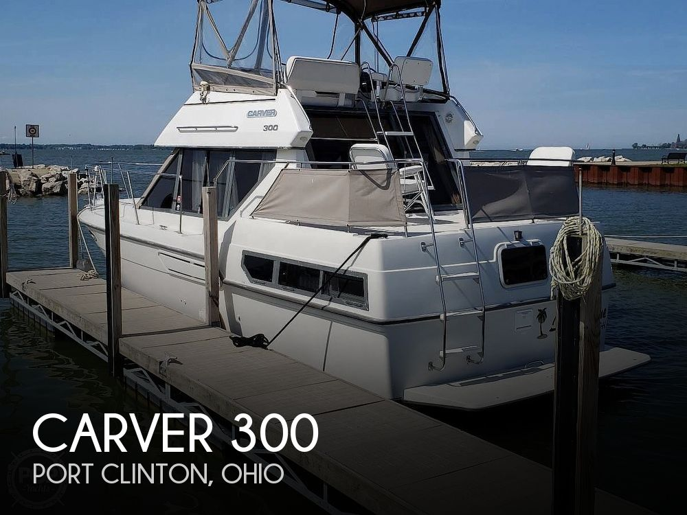 Used Carver Boats For Sale in Ohio by owner | 1994 Carver 300 Aft Cabin