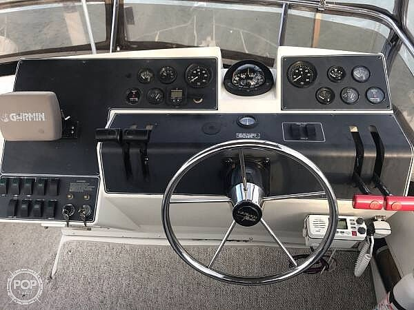 1994 Carver boat for sale, model of the boat is 300 Aft Cabin & Image # 9 of 26