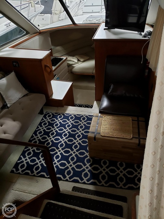 1994 Carver boat for sale, model of the boat is 300 Aft Cabin & Image # 11 of 26