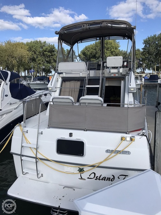 1994 Carver boat for sale, model of the boat is 300 Aft Cabin & Image # 5 of 26