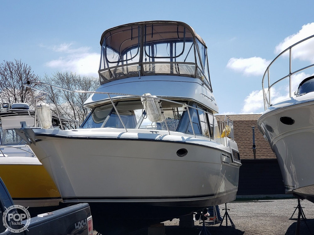 1994 Carver boat for sale, model of the boat is 300 Aft Cabin & Image # 25 of 26