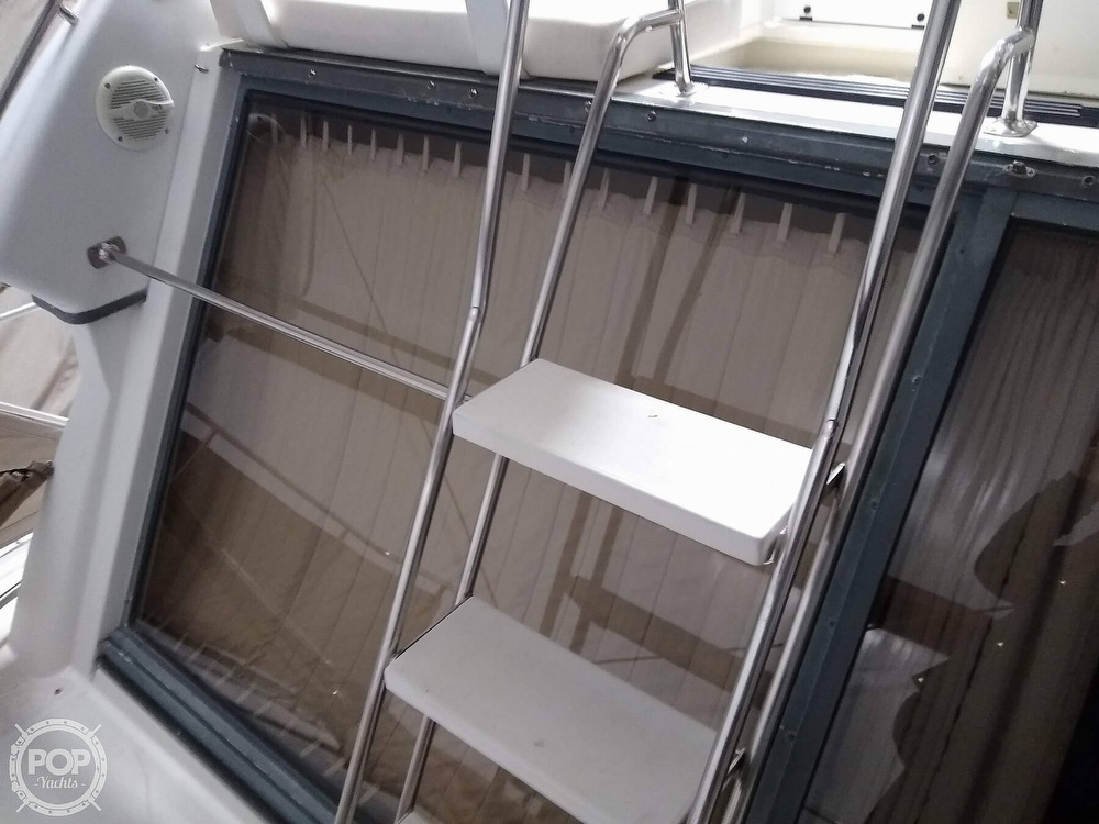 1994 Carver boat for sale, model of the boat is 300 Aft Cabin & Image # 33 of 40