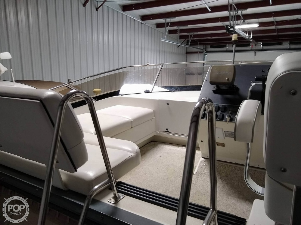 1994 Carver boat for sale, model of the boat is 300 Aft Cabin & Image # 35 of 40
