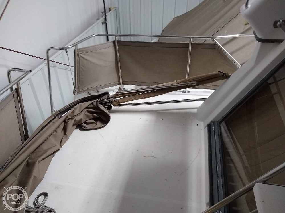 1994 Carver boat for sale, model of the boat is 300 Aft Cabin & Image # 36 of 40