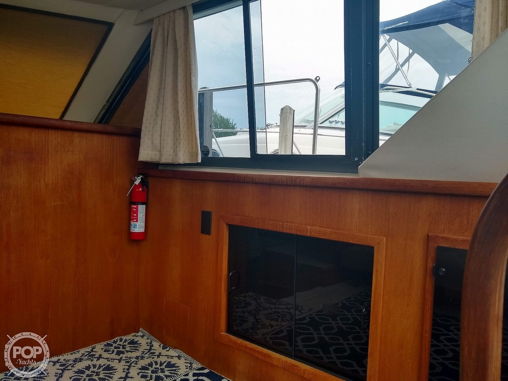 1994 Carver boat for sale, model of the boat is 300 Aft Cabin & Image # 22 of 40