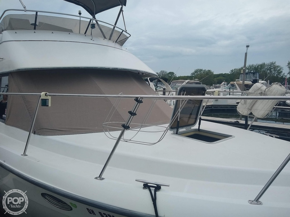 1994 Carver boat for sale, model of the boat is 300 Aft Cabin & Image # 15 of 40