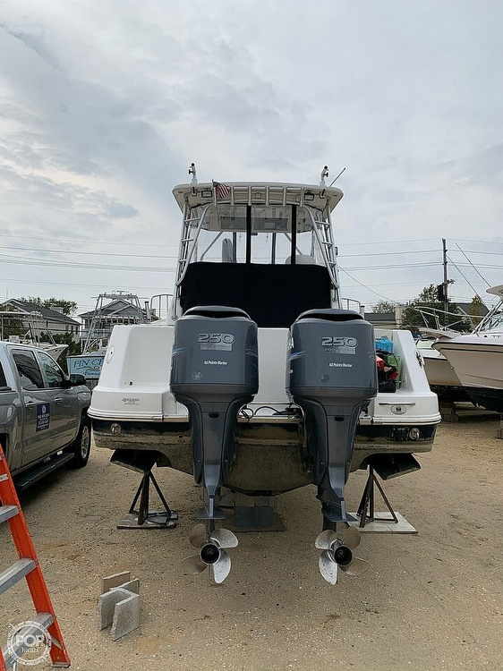 2007 Robalo boat for sale, model of the boat is 305R & Image # 5 of 40