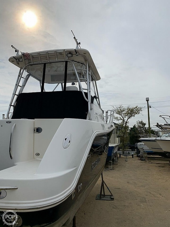 2007 Robalo boat for sale, model of the boat is 305R & Image # 6 of 40