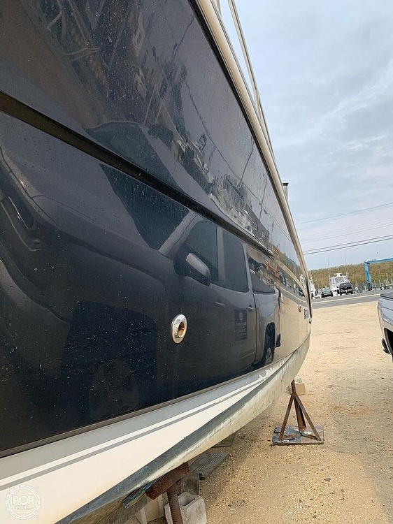 2007 Robalo boat for sale, model of the boat is 305R & Image # 7 of 40