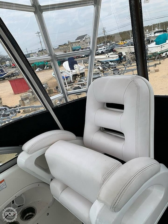 2007 Robalo boat for sale, model of the boat is 305R & Image # 8 of 40