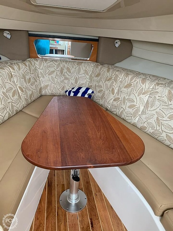 2007 Robalo boat for sale, model of the boat is 305R & Image # 22 of 40