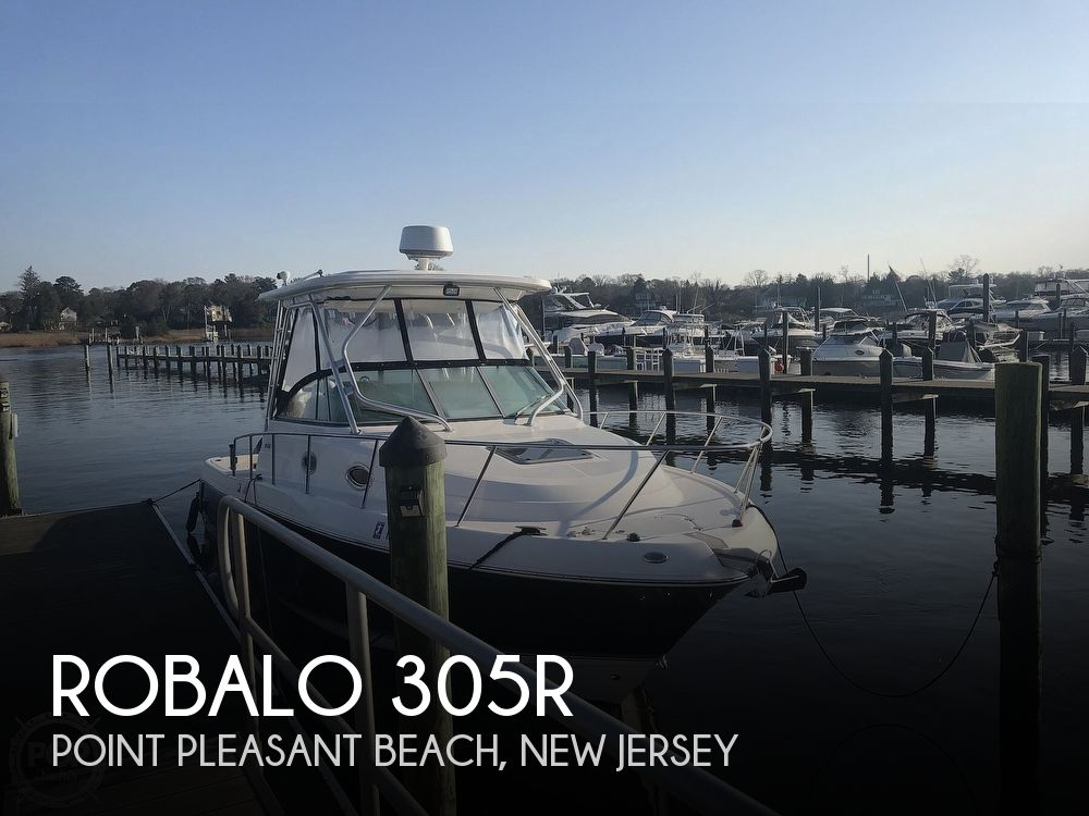 2007 Robalo boat for sale, model of the boat is 305R & Image # 1 of 40
