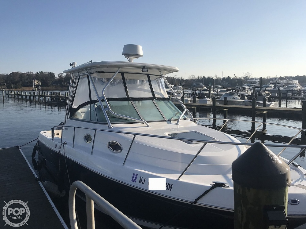 2007 Robalo boat for sale, model of the boat is 305R & Image # 3 of 40